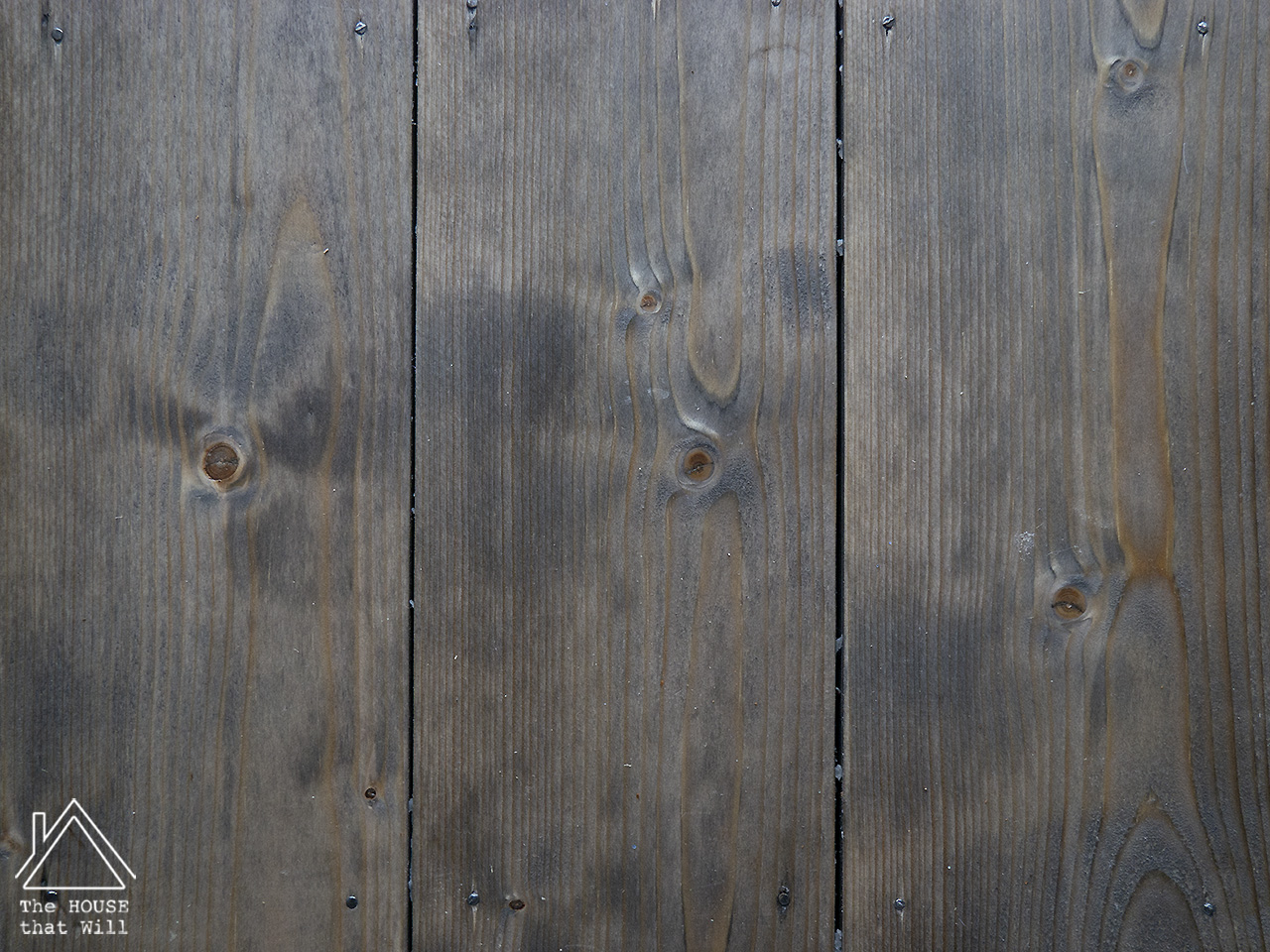 The House that Will | DIY Homemade Oxidising Oxidizing Weathered Wood Effect Grey Gray Wood Stain