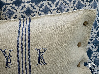 Buttoned Grain Sack Cushion